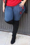 Jeans bordado flor tallas grandes