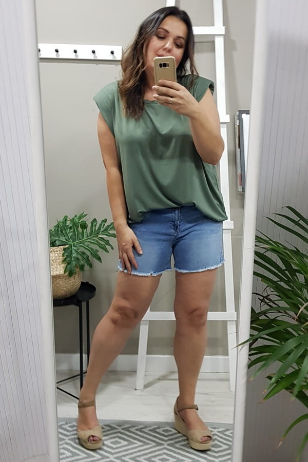Camiseta hombreras kaki